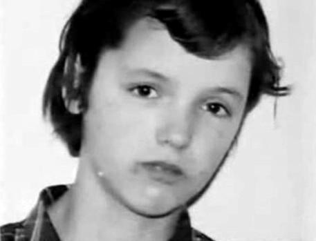 メアリー・ベル:イギリス生まれの小学生殺人鬼、その背景と現在に迫る