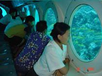 kapal selam di bali