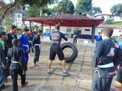 1_8 Academia de Artes Marciais em Gandu promove treinamento funcional