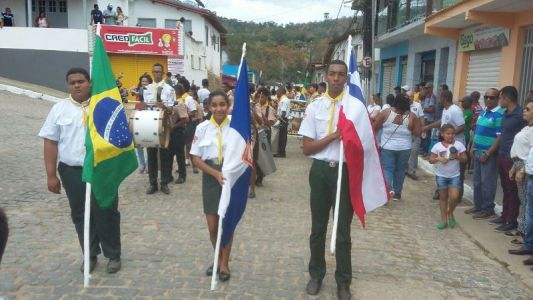 81edf358-da17-4be5-8c6d-2a5fdd7ec96b_1 Prefeitura de Pirai do Norte realiza Desfile Cívico de 7 de setembro