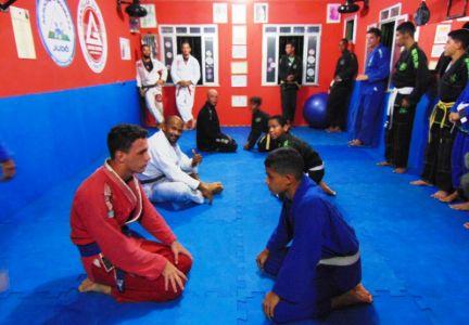 8_8 PTN: CT Jorge Monge recepciona equipe de Gandu em treino interativo de Jiu Jitsu