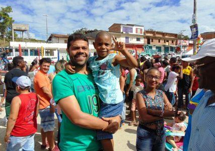DSC08724 Gandu: Prefeito Léo foi recebido com alegria durante as comemorações ao Dia da Criança