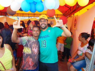DSC08757 Gandu: Prefeito Léo foi recebido com alegria durante as comemorações ao Dia da Criança