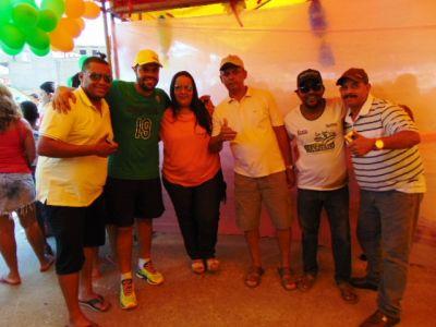 DSC08782 Gandu: Prefeito Léo foi recebido com alegria durante as comemorações ao Dia da Criança