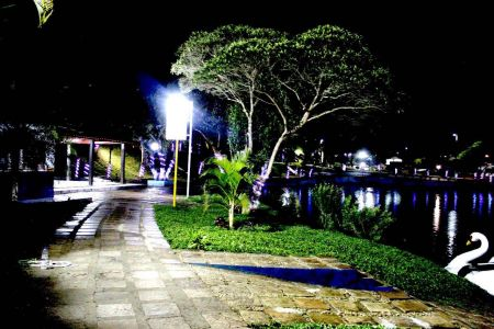 IMG-20171213-WA0027 Gandu: Prefeitura realiza ornamentação de natal no Lago Azul, cartão postal da cidade.