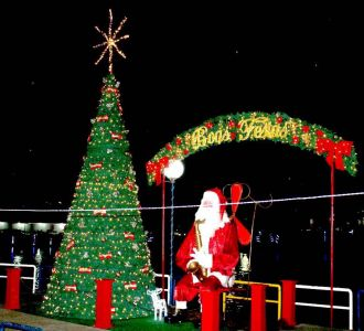 IMG-20171213-WA0031 Gandu: Prefeitura realiza ornamentação de natal no Lago Azul, cartão postal da cidade.