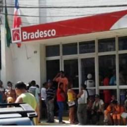 Bradesco pretende fechar mais de 200 agências ainda este ano