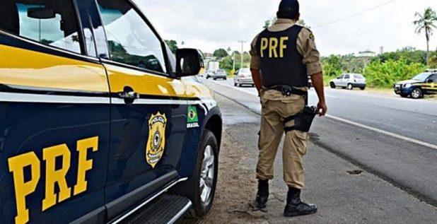 Polícia Rodoviária Federal quer reduzir acidentes nas estradas durante fim de ano