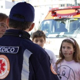 Prefeitura de Salvador-BA abre 67 vagas para Médico do SAMU. Salário acima de R$8 mil
