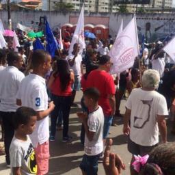 Professores de Lauro de Freitas protestam por melhorias na educação