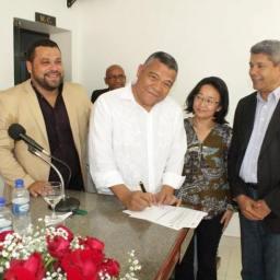 Deputado Federal Valmir Assunção participa de solenidade em Ituberá-BA