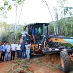 Gandu: Prefeito Léo participa de atividades na sede e zona rural do município.