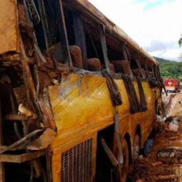 Ônibus que tombou em Brumadinho não tem autorização para viajar, diz ANTT