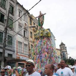 Lavagem do Bonfim mostra força do turismo religioso na Bahia