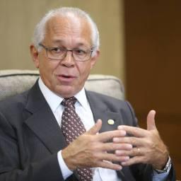 Sem imposto, presidente do TST diz que sindicatos terão de se virar sozinhos