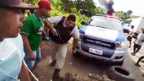 Corregedoria vai apurar incidente que levou policial a atirar em manifestante