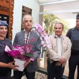PM que impediu assalto a escola infantil e matou ladrão é homenageada por governador no Dia das Mães