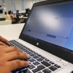 Tempo gasto em computadores afeta bem-estar de jovens, diz pesquisa