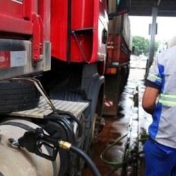 Diesel: redução de R$ 0,46 na bomba não virou realidade para os baianos