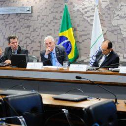 Gestores promovem reunião para debater a educação tecnológica