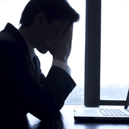 Troca de ofensas na internet afasta direito a indenização por dano moral