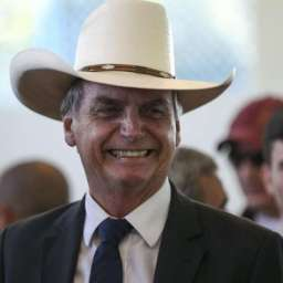 Bolsonaro quer perdoar dívida rural; rombo é de R$ 17 bi