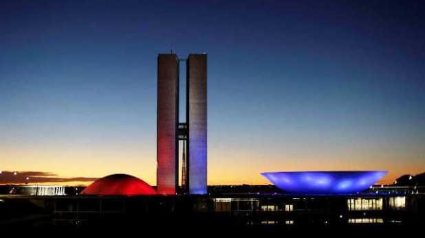 Governadores-do-Norte-e-Nordeste-v%C3%A3o-a-Bras%C3%ADlia-para-garantir-verbas Governadores do Norte e Nordeste vão a Brasília para garantir verbas