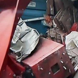 Assaltantes explodem caixas eletrônicos na Mata Escura