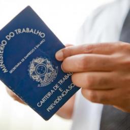 Maioria das prefeituras baianas mantém contratos temporários