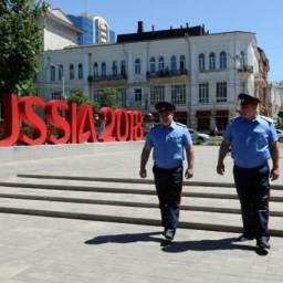 Rússia quer deportar mais de 5 mil turistas que seguem no país após a Copa