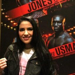 Brasileira revela que reação a assalto contribuiu para conseguir luta no UFC