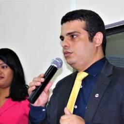 Felipe Carneiro toma posse para o 2º mandato na presidência da OAB em Gandu