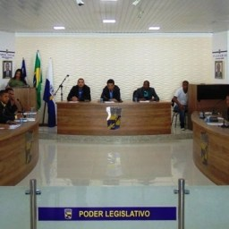 Avaliação sobre os trabalhos na Câmara Municipal de Gandu.