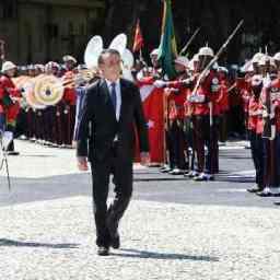 Democracia só existe se as Forças Armadas quiserem, diz Bolsonaro