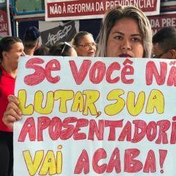 APLB prepara greve de professores para o dia 24 em todas as cidades