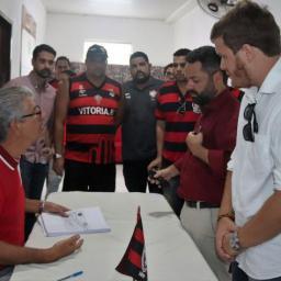 Vitória tem cinco candidatos à presidência do clube