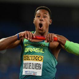 Brasil supera os EUA e leva título inédito no revezamento 4x100m