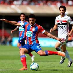 Com um a mais, Bahia fica no empate sem gols com o São Paulo