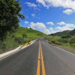 São Félix: Governo entrega obra de pavimentação de 20,5 km da BA-420