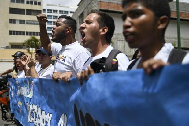 opositores-se-refugiam-em-embaixadas-com-aprofundamento-da-crise-1 Venezuela: opositores se refugiam em embaixadas com aprofundamento da crise