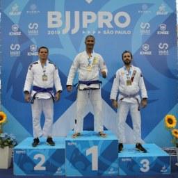 Eduardo Robson é bicampeão do São Paulo Pro de Jiu-Jitsu