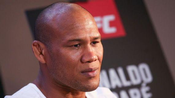 Tranquilo-Jacar%C3%A9-afirma-que-rotina-pr%C3%A9-UFC-da-esposa-%C3%A9-mais-dif%C3%ADcil-que-a-su Tranquilo, Jacaré afirma que rotina pré-UFC da esposa é mais difícil que a sua