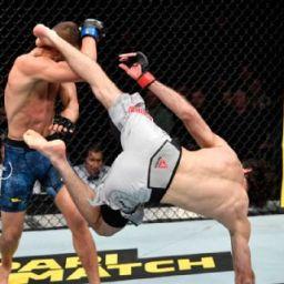 Zabit Magomedsharipov domina Calvin Kattar e vence mais uma no UFC