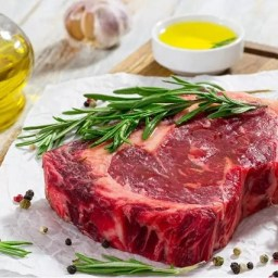 Após aumento nos preços, venda de carne bovina cai 70% em Goiás