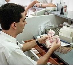 Banco é condenado por obrigar funcionário a trabalhar durante greve da PM no ES