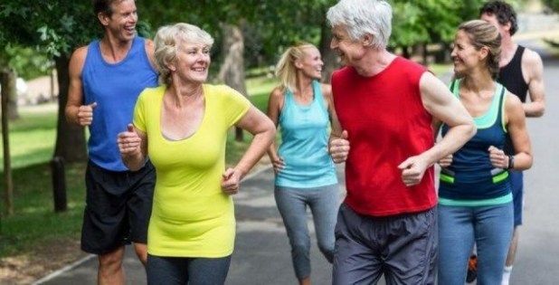 Praticar-exerc%C3%ADcios-f%C3%ADsicos-ajuda-a-retardar-envelhecimento.-Conhe%C3%A7a-os-benef%C3%ADcios Praticar exercícios físicos ajuda a retardar envelhecimento. Conheça os benefícios!