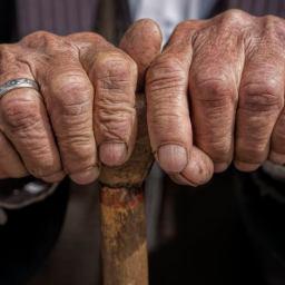 Entre os brasileiros inadimplentes, grande parte é de aposentados