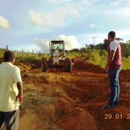 Piraí do Norte: Prefeitura inicia patrolamento das estradas vicinais na região da Juliana