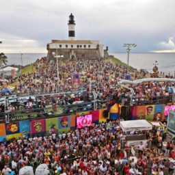 Médico diz que coronavírus pode se espalhar em Salvador no Carnaval