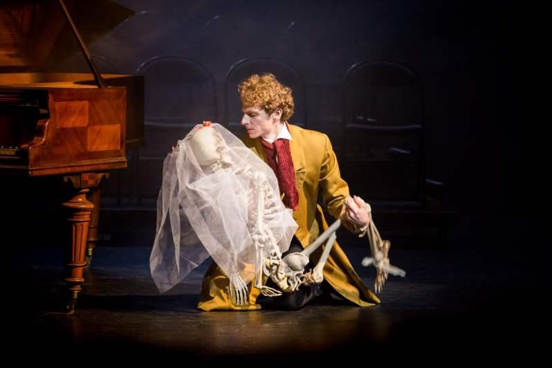 Frédéric Le Sacripan dans le rôle d'Hector Berlioz. Berlioz Le Fantastique, Le Palais Royal. 13 mars 2019.